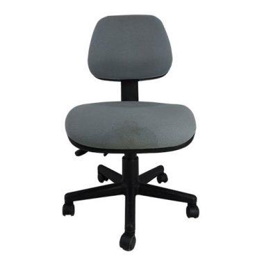 Cadeira Seminova Executiva Ergonômica Base Nylon